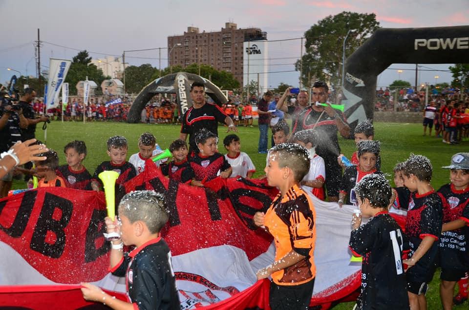 TRAE TU EQUIPO A LA 19ª COPA VILLA MARIA….Disfruta del Fútbol y tus vacaciones de Verano en un Gran Torneo..!!